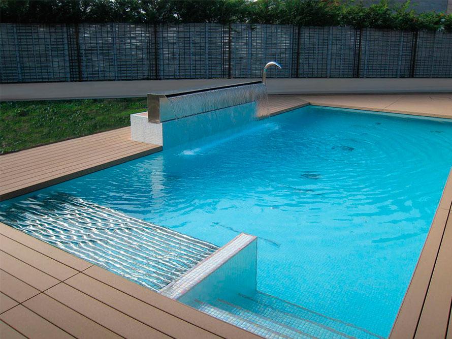 Instalacion piscinas sal y cloro granada for Piscinas granada