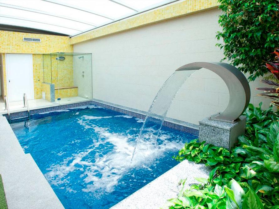 Instalacion piscinas sal y cloro granada for Piscinas de sal